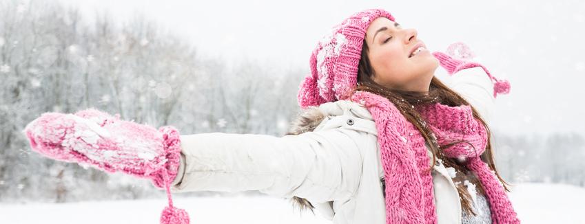 Winter ferien Frau schnee