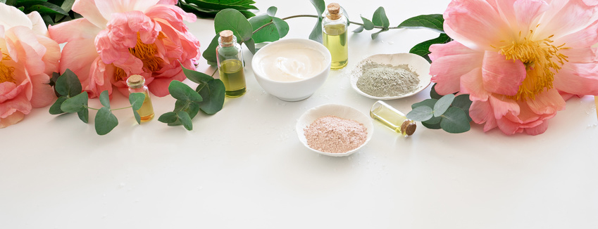 image of cosmetics ingredients. skincare theme